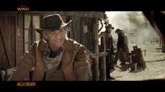 """Fiorello cowboy in """"sella"""" ad una bicicletta nella nuova campagna Wind All Inclusive Expandable"""