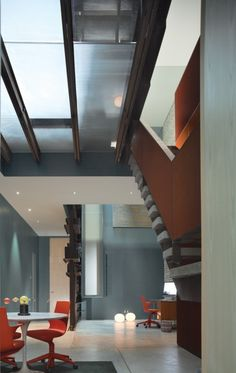Dean-Wolf Architects; Inverted Warehouse-Townhouse (Addition and Renovation); Manhattan, New York, 2010.