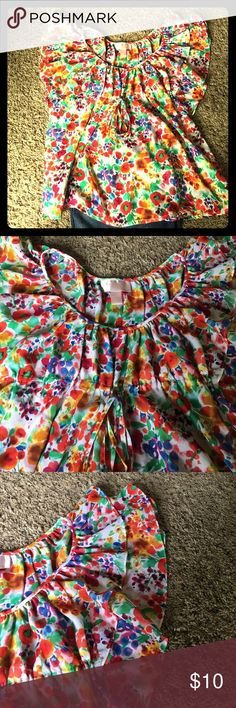 H&M babydoll blouse Tie waist band. Good condition. Ruffle sleeve H&M Tops Blouses