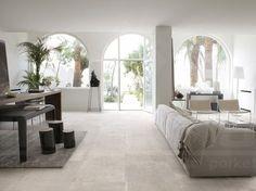 prachtige keramische tegel met natuursteenlook in XL formaat in moderne living