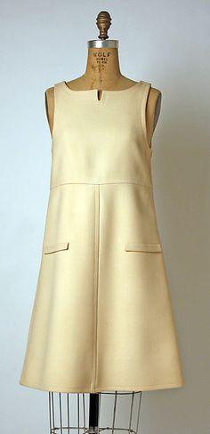 André Courrèges (French, born Pau, Date: 1965 Medium: wool, synthetic 1960s Dresses, Vintage Dresses, Vintage Outfits, Vintage Fashion, Fashion Now, Over 50 Womens Fashion, Special Dresses, Nice Dresses, Sixties Fashion