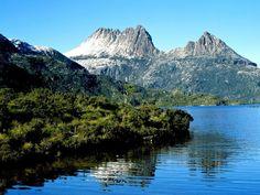 Dove Lake at Cradle Mountain, Tasmania