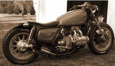 Goldwing caferacer, nice work.