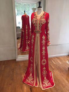 Caftan Haute Couture Fouzia Naciri - Création Broderie Rouge Show Room