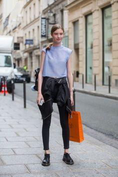 Light blue striped top+black skinny jeans+black laced shoes+black bomber+black backpack+light blue pom-pom. Late Summer Everyday Outift 2016