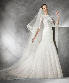 Pronovias 2016 'Timy' - lace wedding dress with long sleeves.