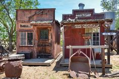 Couple hand-built this 'Old West' town over 30 years Old West Town, Old Town, Play Houses, Bird Houses, Old Western Towns, Western Homes, Rustic Shed, Hobby Town, Loft Bed Plans