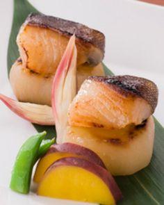 Japanese Gindara Saikyo Yaki, Broiled Miso-Marinated Black Cod| 銀だらの西京焼き
