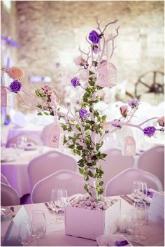 DIY tree tablecentre | Image by Nath Ziem, read more http://www.frenchweddingstyle.com/countryside-wedding-in-normandy-france/