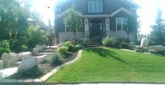 Mow over edging is an easy way to keep nice clean lines. See our latest article on Landscape edging ideas