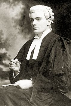 Leaders of the 1916 Easter Rising: Patrick Pearse - The Wild Geese Ireland 1916, Irish Independence, The Wild Geese, Easter Rising, Michael Collins, Irish Men, History Books, Freedom, Women