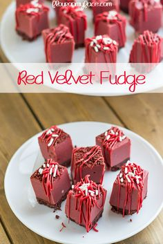 Red Velvet Fudge recipe - these will be a hit with the whole family! One of our favorite Christmas treats and holiday desserts!