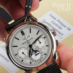 For a closer look at this 1st series grand comp 5270G, go to watchclub.com