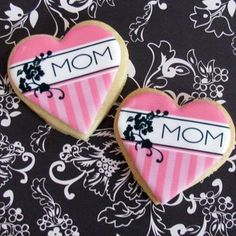 Mother's Day Cookies- can you say perfectly  decorated?