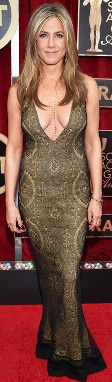 SAG Awards 2015 Jennifer Aniston: Dress – Vintage 1998 John Galliano  Jewelry – Fred Leighton  Shoes – Jimmy Choo  Body chain Amrit