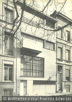 Nachman Kaplansky, woning Speyer, Charlottalei in Antwerpen (1934). photo credit: Architectuurarchief Provincie Antwerpen, found on the website: http://www.debalansvanbraem.be