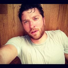 Brett Ryan 😍 Country Singers, Country Music, Brett Eldredge, Pretty People, Cute Boys, My Love, Celebrities, Hot, Sexy
