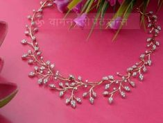 Jewerly diamond indian weddings Ideas for 2019 Diamond Necklace Simple, Diamond Choker Necklace, Diamond Jewelry, Gold Jewelry, Indian Diamond Necklace, Bride Necklace, India Jewelry, Simple Earrings, Simple Jewelry