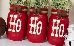 best ideas for garden decoration christmas mason jars Christmas Mason Jars, Noel Christmas, Christmas Projects, Holiday Crafts, Christmas Ornaments, Christmas Island, Christmas Ideas, Christmas Music, Christmas Movies