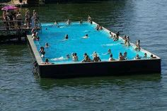 badeschiff pool berlin