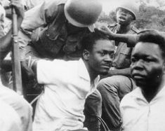 Patrice Lumumba :LA DIGNITE JUSQU'AU BOUT. MÊME DEVANT LA MORT.