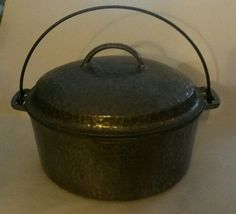 Wagner Ware 2248D Drip Drop Self Basting Hammered Round Roaster Dutch Oven
