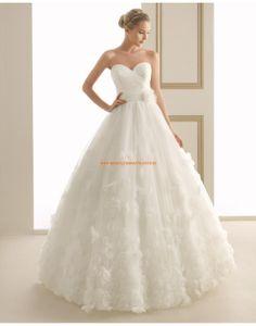 Wunderschöne Herz-Ausschnitt rückenfrei Hochzeitskleider aus Softnetz 145 EPSILON   luna novias 2014
