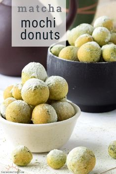 Matcha Mochi Donuts - This easy donut recipe is gluten free and yeast free. It is made with rice flour and matcha green tea powder. Mochi Donuts Recipe, Easy Donut Recipe, Donut Recipes, Brunch Recipes, Baking Recipes, Dessert Recipes, Mochi Bread Recipe, Sushi Recipes, Asian Desserts