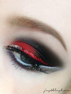justblushme: [AMU] Cheer-Cheer-Cheerleader Red Eye Makeup, Crazy Makeup, Smokey Eye Makeup, Makeup Art, Makeup Looks, Cheerleading Makeup, Cheer Makeup, Gothic Makeup, Fantasy Makeup