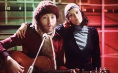 Richard Thompson with his first wife, singer Linda, in 1975