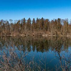 Die #kleinen #Fluchten sie sind #reizvoll und #attraktiv #dicht im #Erleben und #intensiv in der #Aktivität. Diesmal ging es zur #Kartause #Ittingen nahe #Frauenfeld zwei #Nächte drei #Tage so das #Format. Das #Wasser als #lebensspendendes #Element ist #allgegenwärtig bei der #Rundwanderung um die #Hüttener #Seen. Dass sie auch ein #reizvoller #Spiegel sein können das hat uns der #windstille #Sonnentag #geschenkt. Seen, Mountains, Nature, Photography, Travel, Food, Mirrors, Water, Naturaleza