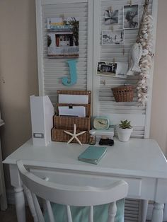 small space office craft rooms home decor home office urban living small space office Small Space Office, Small Spaces, Office Spaces, Small Workspace, Office Workspace, Work Spaces, Modern Spaces, Old Shutters, Repurposed Shutters