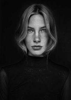 Britt - Photography: Agata Serge Model: Britt