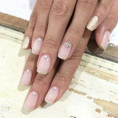 Pretty wedding manicure & pedicure ideas; some are very beautiful, like the picture, and some are extravagant.