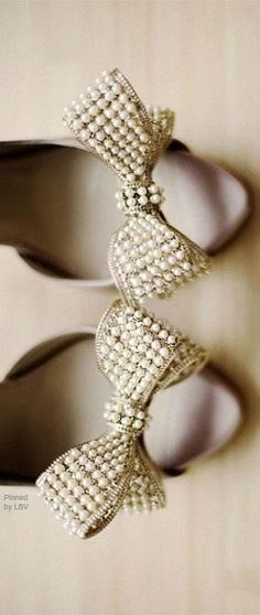 Valentino Pearl Bow Heels ~ These would be cute wedding shoes too Pink Beige, Pumps, Bow Heels, Pearl And Lace, Pearl Grey, Louboutin, Tahiti, Wedding Shoes, Bow Wedding