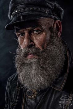 """The Old Sailor"" — Photographer: Christian Braumann – Geisterpixel Model: Tom Jung Old Man Portrait, Old Portraits, Fotografie Portraits, Old Man Face, Old Faces, Man Photography, Interesting Faces, Dark Beauty, Male Face"