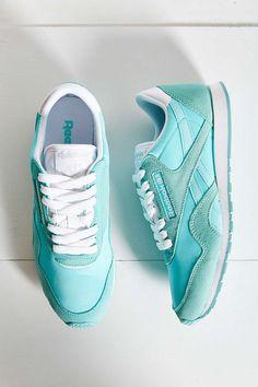 Reebok Classics Nylon Slim Sneaker - Urban Outfitters