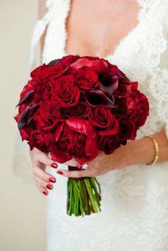 bouquet de mariée rouge vif