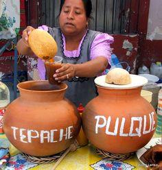 Tepache & Pulque at Tlacolula Sunday market, Oaxaca, Mexico toma pulque come nopal y viviras un montonal