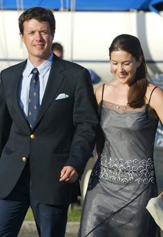 January days--The Princess Mary: Mary Donaldson Mary Elizabeth, Mary Mary, Prince Frederick, Danish Royalty, Danish Royal Family, Queen Dress, Charlotte Casiraghi, Crown Princess Mary, Beautiful People