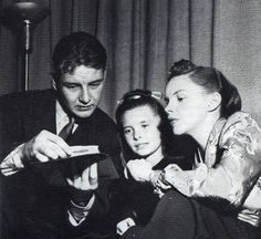 Tom Drake, Margaret O'Brien and Judy Garland at the Lux Radio Theatre recording of Meet Me In St Louis in 1946.