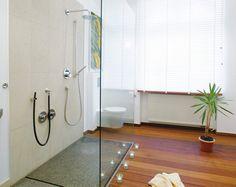 Great Unser Badausstellung in M nster bietet dem Betrachter au ergw hliche Produkte rund um das Thema Bad Klein Design geht keine herk mmliche Wege