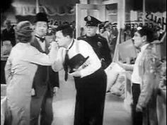 Laurel et Hardy Les Deux Electriciens 1935 - YouTube