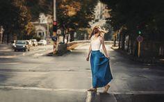 Girl City Morning Mood HD Wallpaper