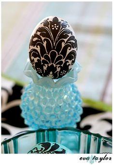 #Dreamy #Damask #Black #White #Easter #Egg