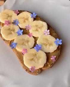 Think Food, I Love Food, Good Food, Yummy Food, Aesthetic Food, Aesthetic Pastel, Cute Food, Food Cravings, Food Inspiration