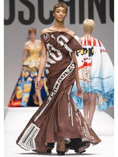 Fashions that look like chocolate #packaging:: de catwalkshow waar iedereen het over heeft | ELLE. PD