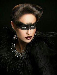 Halloween make up by Nikki Nixon