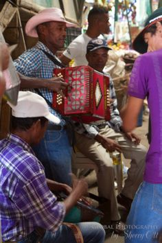 Corner jam sessions in Cartegena Colombia