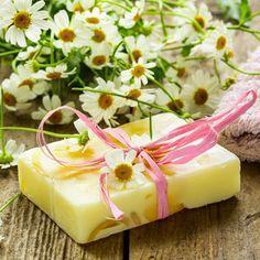 DIY-Kosmetik-Rezept: für antibakterielle Seife - sie bietet wirksamen Schutz gegen Bakterien, Viren und Pilze ...